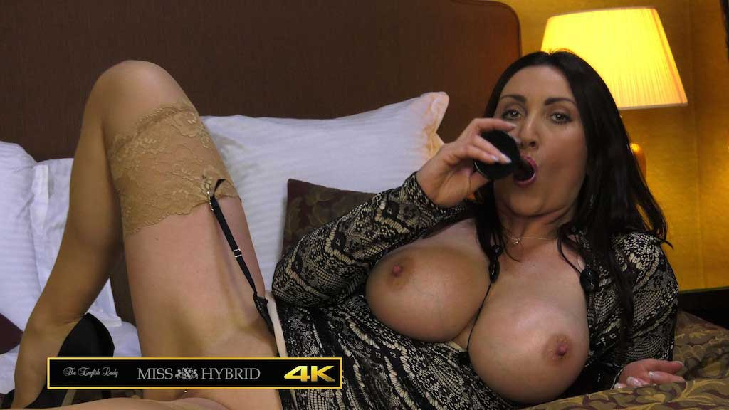 Miss Hybrid bedroom video tits out on the hotel bed.